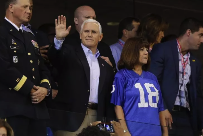 The Real Reason Pence Left Colts Game Sunday – Falso Times